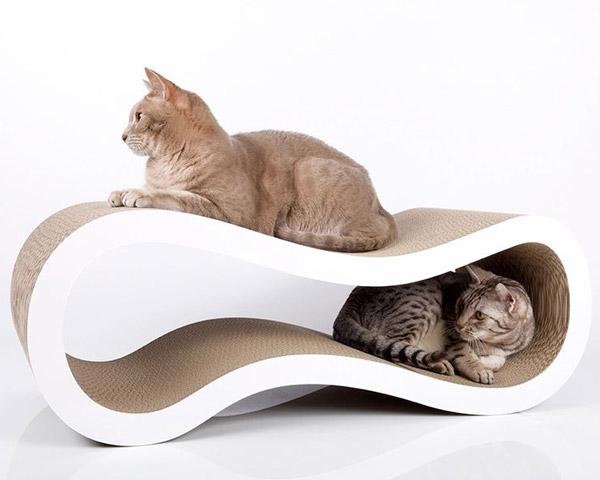 """Design-Kratzmöbel """"Singha L"""" von cat-on"""